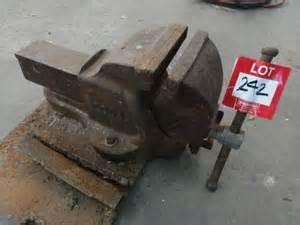 dawn bench vice bench vice dawn 6sq auction 0242 8000354 graysonline