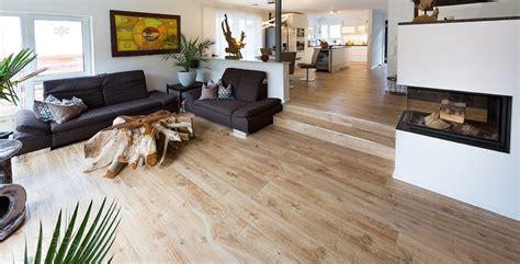 Wohnzimmer Fliesen Holzoptik by 10 Gute Gr 252 Nde F 252 R Fliesen Im Eigenheim Fliesen Kemmler
