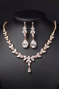 gold jewelry sets for weddings 25 best gold wedding jewelry ideas on gold wedding jewelry gold earrings