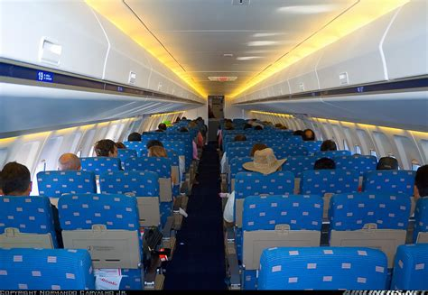 Avianca Interior Fokker 100 Picture 07 Barrie Aircraft Museum