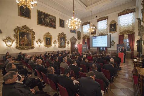 commercio bolzano forum dell economia a bolzano di commercio di bolzano