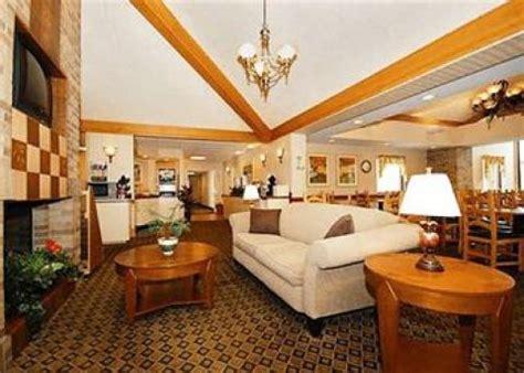 comfort inn splash lagoon erie hotel comfort inn erie i 90
