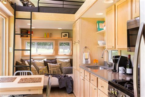 mobile home interior design uk escape traveler xl sleeps eight and comes complete with