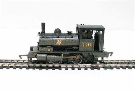 hornby pug hattons co uk hornby r2335a class 0f pug 0 4 0st 51232 in br black weathered