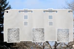 kurzgardinen wohnzimmer moderne scheibengardine schneeballspitze bestickt aus