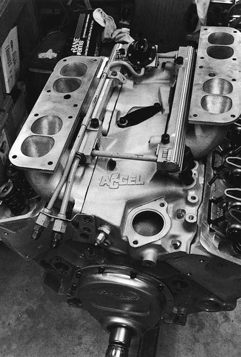 302 Small-Block Chevy - Engine Build - MPG & Power - Hot