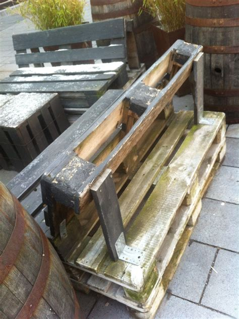 How To Make A Pallet With A Back by Pallet Furniture Inspirations From Bochum Ehrenfeld Pallet Furniture Pallet Furniture