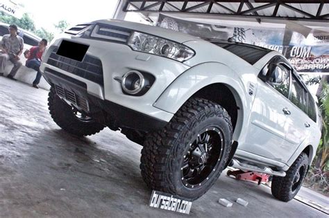 mitsubishi pajero sport modified 65 best montero sport images on mitsubishi