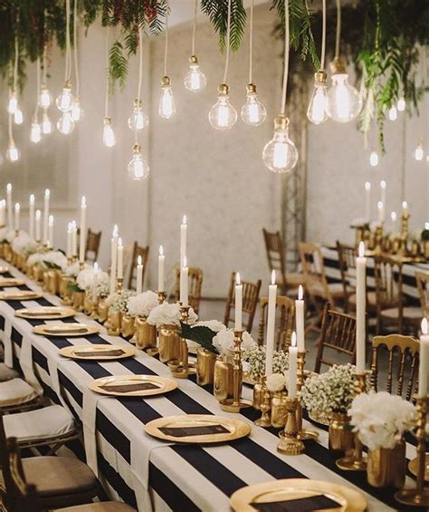 white and gold table decorations gold black and white entertaining ideas