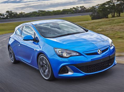 holden astra 2013 2014 holden astra pictures information and specs auto