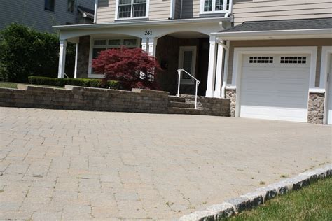 patio pavers price per square foot how much does a paver