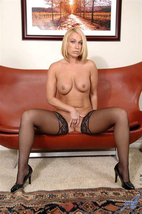 Mellanie Monroe in Black stockings Free cougar sex