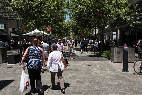 Retail Search Perth Wa Business Upbeat About Economic Outlook Business News