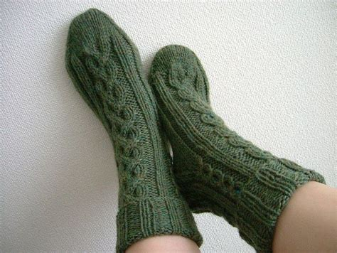 knitting pattern aran socks 1000 images about knit socks and slippers on pinterest