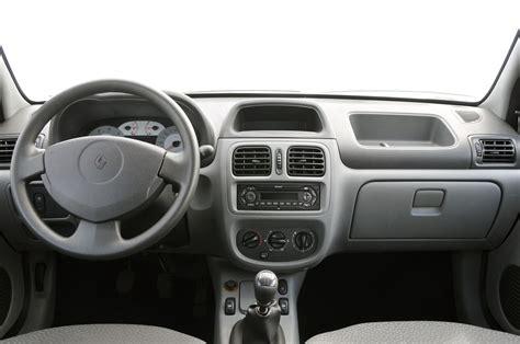 Renault Clio 2004 Interior Renault Clio Passa A Oferecer Garantia De Tr 234 S Anos All