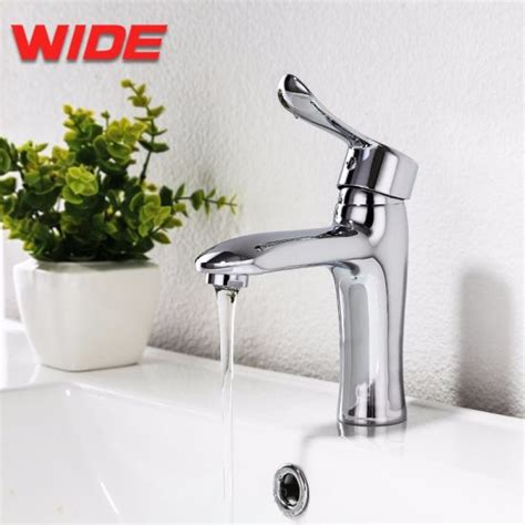 Modern Bathroom Fittings by China Factory Supply Modern Bathroom Sanitary Fittings