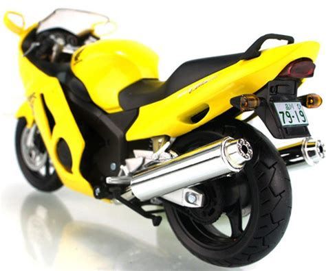 Honda Cbr 1100xx Welly Diecast Motorcycle Model 1 18 Collector S M 1 12 scale blue yellow honda cbr1100xx motorcycle