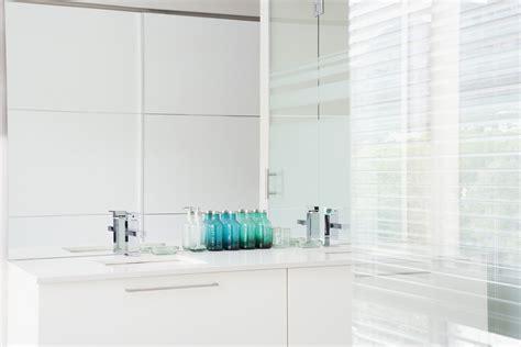 tricks to make a small bathroom look bigger how to make a small bathroom look bigger using clever