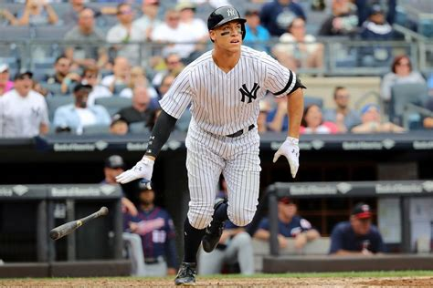 aaron judge s 49th homer ties mark mcgwire s rookie record