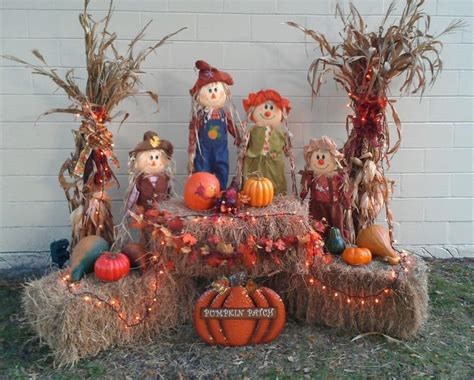 Outside Decorations For by 17 Best Ideas About Thanksgiving Decorations Outdoor On