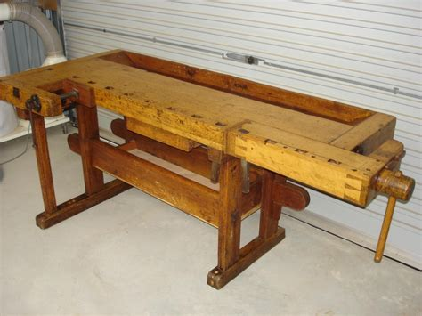 pin  rob livingston  workbenches antique woodworking
