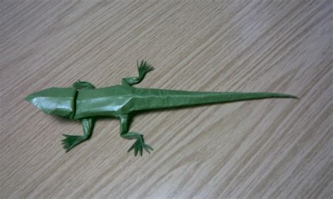 Origami Lizard - brian chan lizard