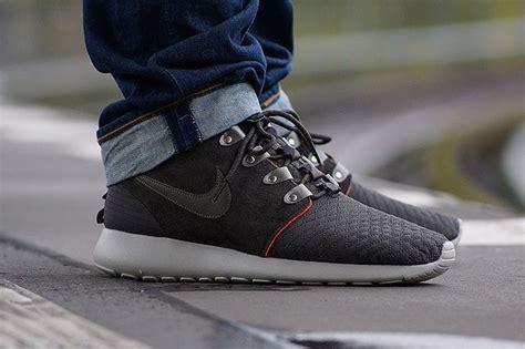 Sepatu Nike Airmax 90 Suede nike roshe run mid sneaker boot smokey volt nike