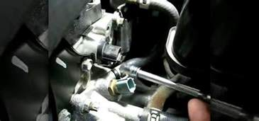 how to replace the camshaft sensor on a nissan altima