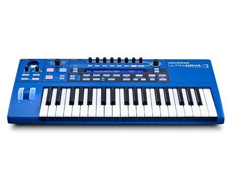 Alat Musik Keyboard perbedaan antara piano keyb artikel musik