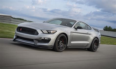 2020 ford mustang images 2020 ford mustang shelby gt350r gets shelby gt500 goodies