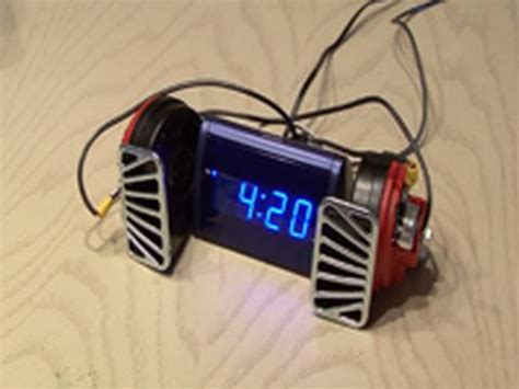 world s loudest alarm clock