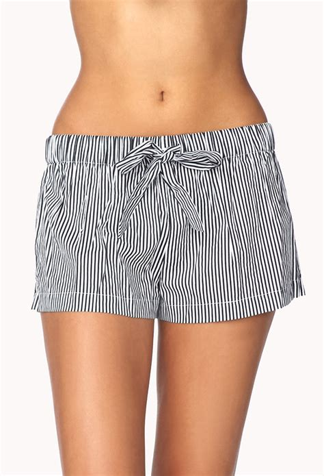 black and white patterned shorts outfit forever 21 striped pj shorts where to buy how to wear