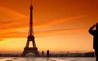 Eiffel Tower Wall Mural eiffel tower hd wallpapers