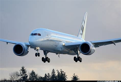 787 dreamliner airplane boeing commercial airplanes photos boeing 787 8 dreamliner aircraft pictures
