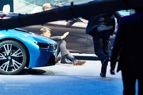 bmw ceo bmw ceo harald krueger faints on stage at frankfurt motor