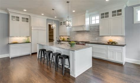 Kitchen Staging Ideas by Our Chicagoland Home Staging