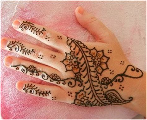 how to henna tattoo yourself 17 best images about henna diy on henna