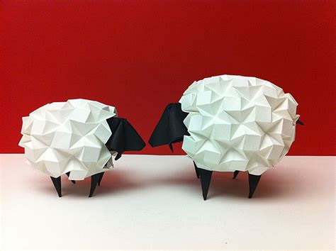 Origami Source - stunning works of origami