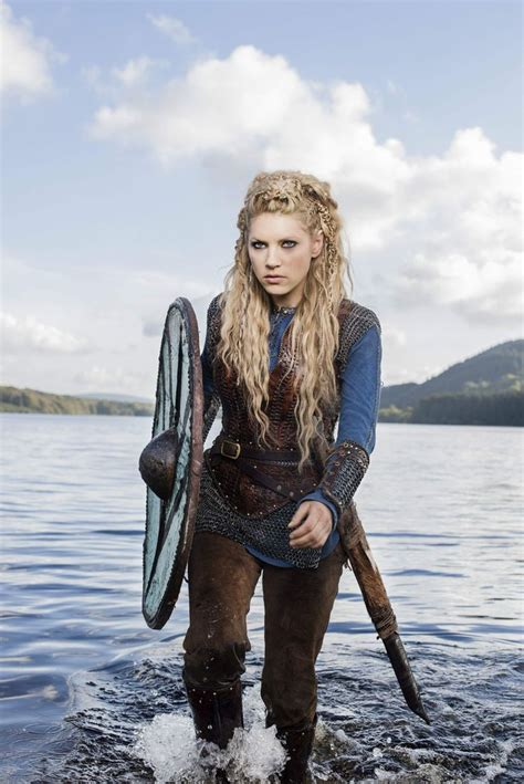 katheryn winnick vikings hair katheryn winnick vikings season 3 promos 18 jpg 1200 215 1798