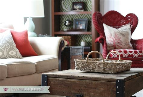 Small Living Room Decor Diy Redecorating A Small Living Room
