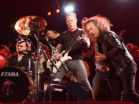 Metallica Sweepstakes - metallica to aid paris victims with live album recorded at le bataclan