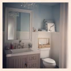 Small Cottage Bathroom Ideas by 13 Best Images About Small Bathroom Remodel Maine