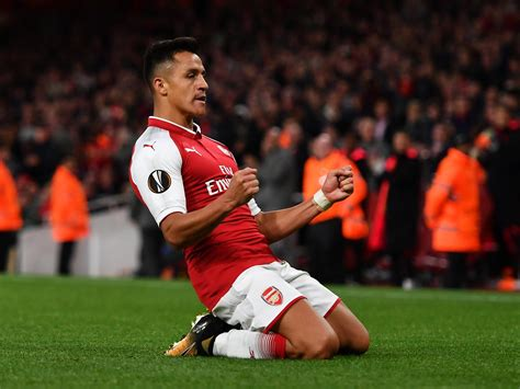 alexis sanchez vs southton alexis sanchez s evening at the emirates started in a sulk