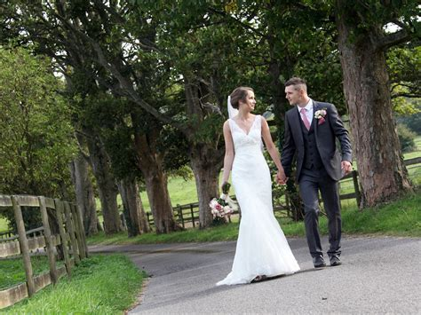 Guildford & Surrey Wedding Photographer   SE Wedding