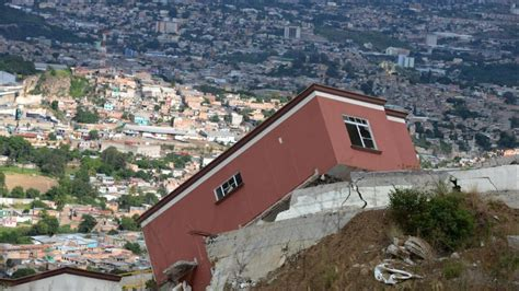 Hillside Homes by Landslide Destroys Houses Near Tegucigalpa Honduras News
