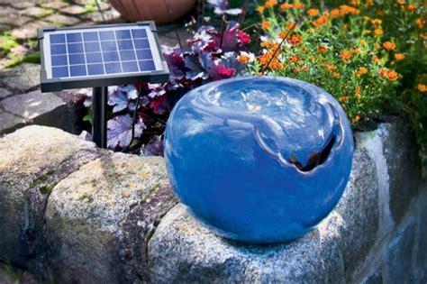 der solarbrunnen wenn das wasser durch sonnenkraft flie 223 t