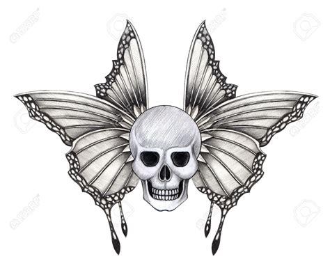doodskop tekenen skull wings tattoo hand pencil drawing on paper stock