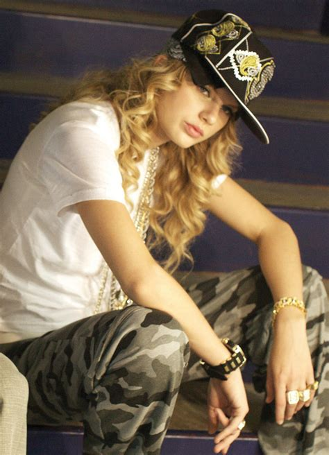 eminem taylor swift listen taylor swift covers eminem s lose yourself