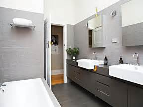 modern bathroom ideas photo gallery modern bathroom design with recessed bath using tiles