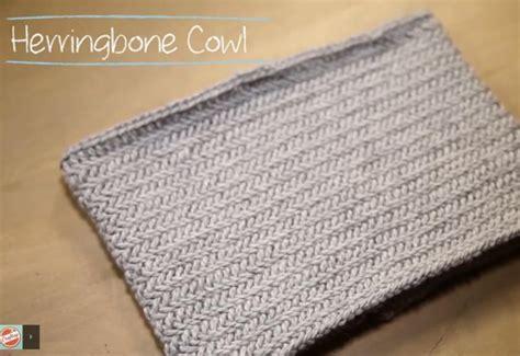 herringbone pattern in knitting how to knit a herringbone cowl in 1 hour knitting women